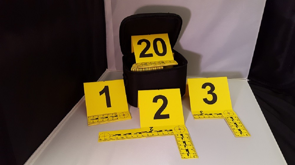 Photo Evidence Markers w/Foldable L Shaped Scales, Yellow, 1-20, Black Carry Bag